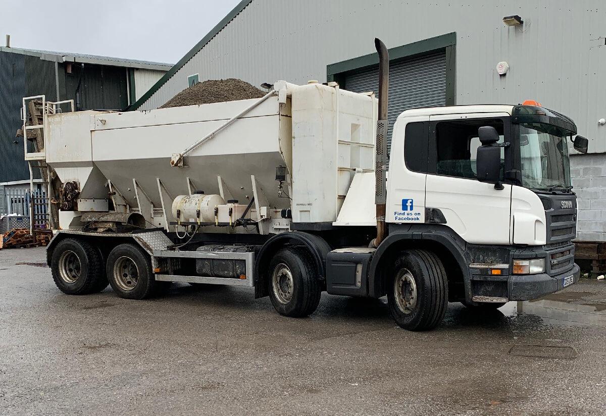 Volumetric concrete supply mixer truck arrow concrete pumping yorkshire